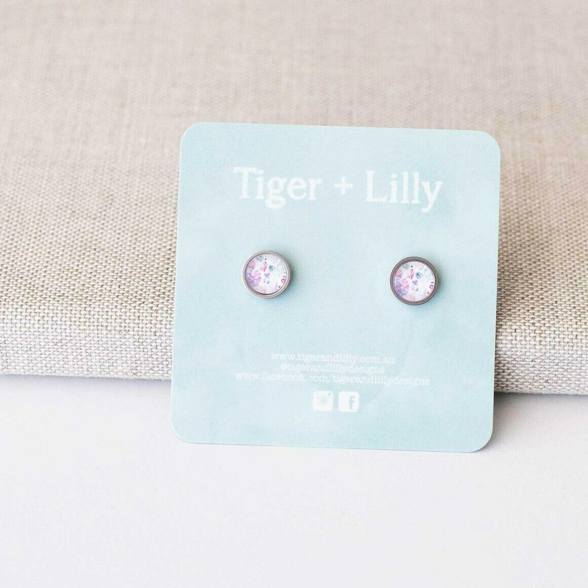 Hearts #2 Studs - Stainless Steel | Trada Marketplace