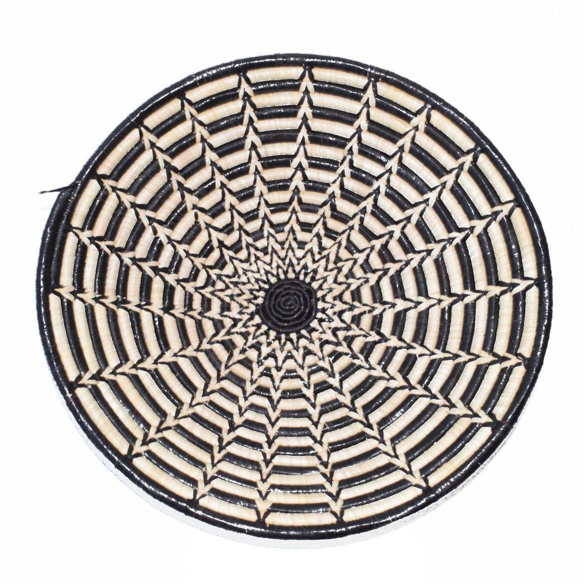 Small 20cm diameter woven bowl - Star | Trada Marketplace