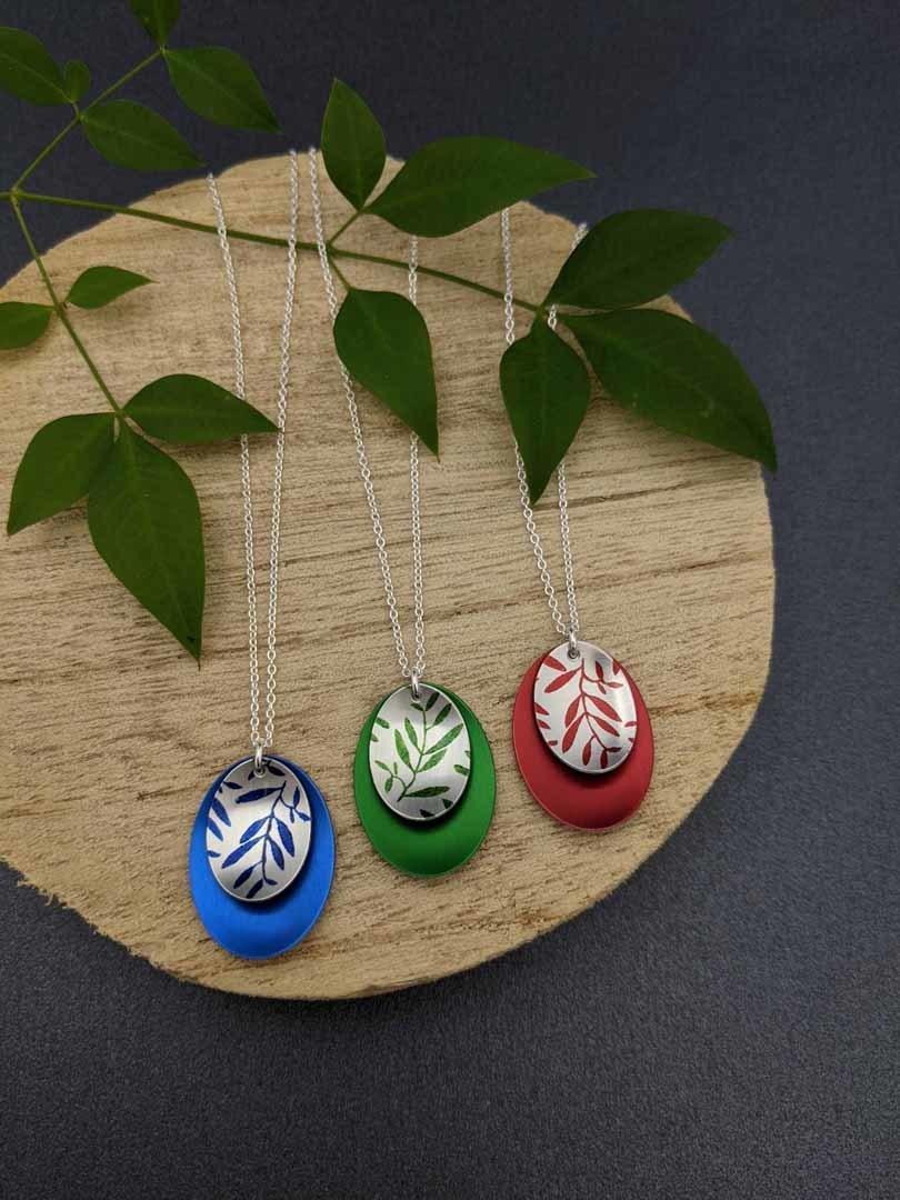 FOLIAGE – small double oval necklace   Trada Marketplace