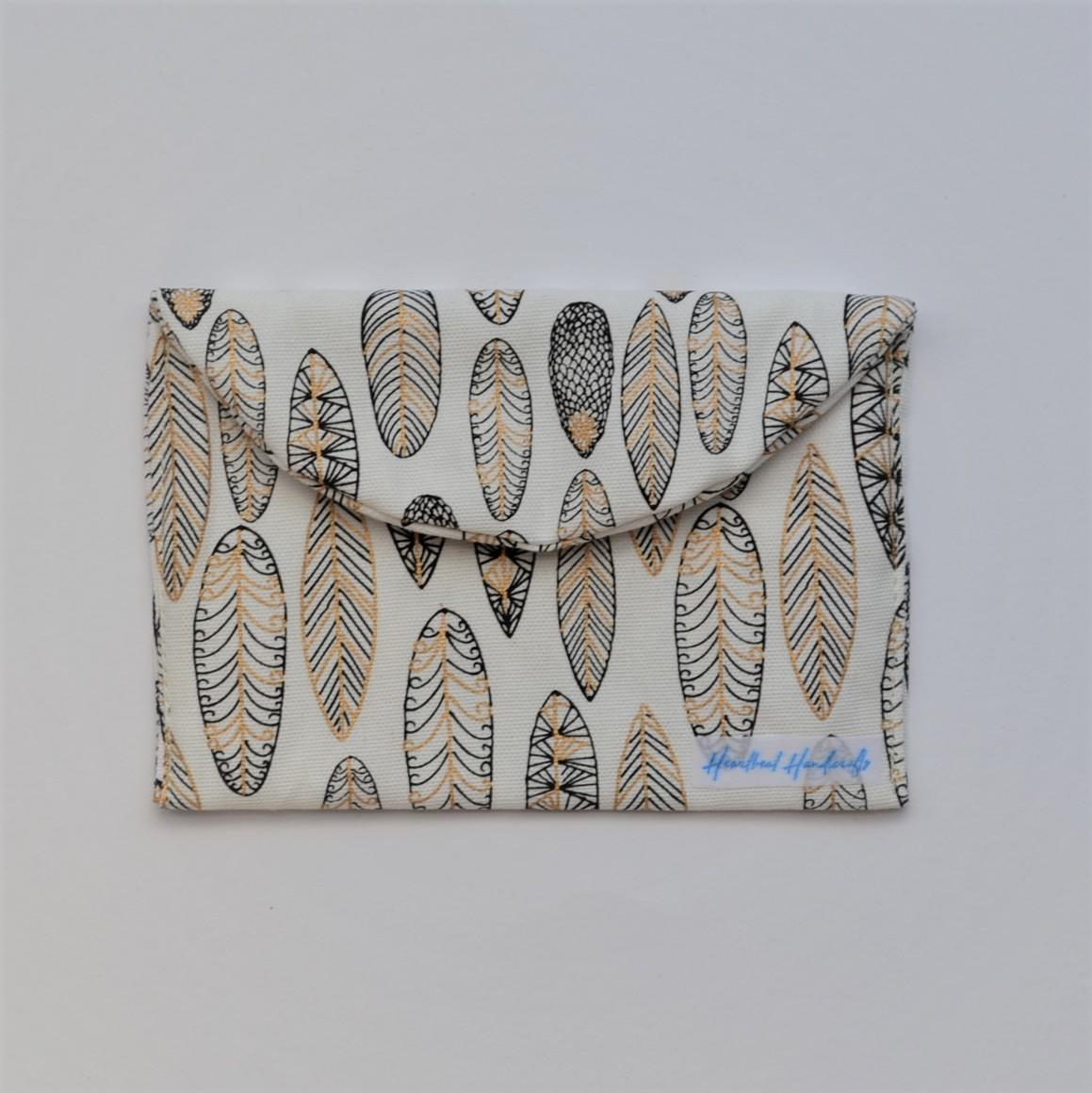 Feathers earrings pouch   Trada Marketplace