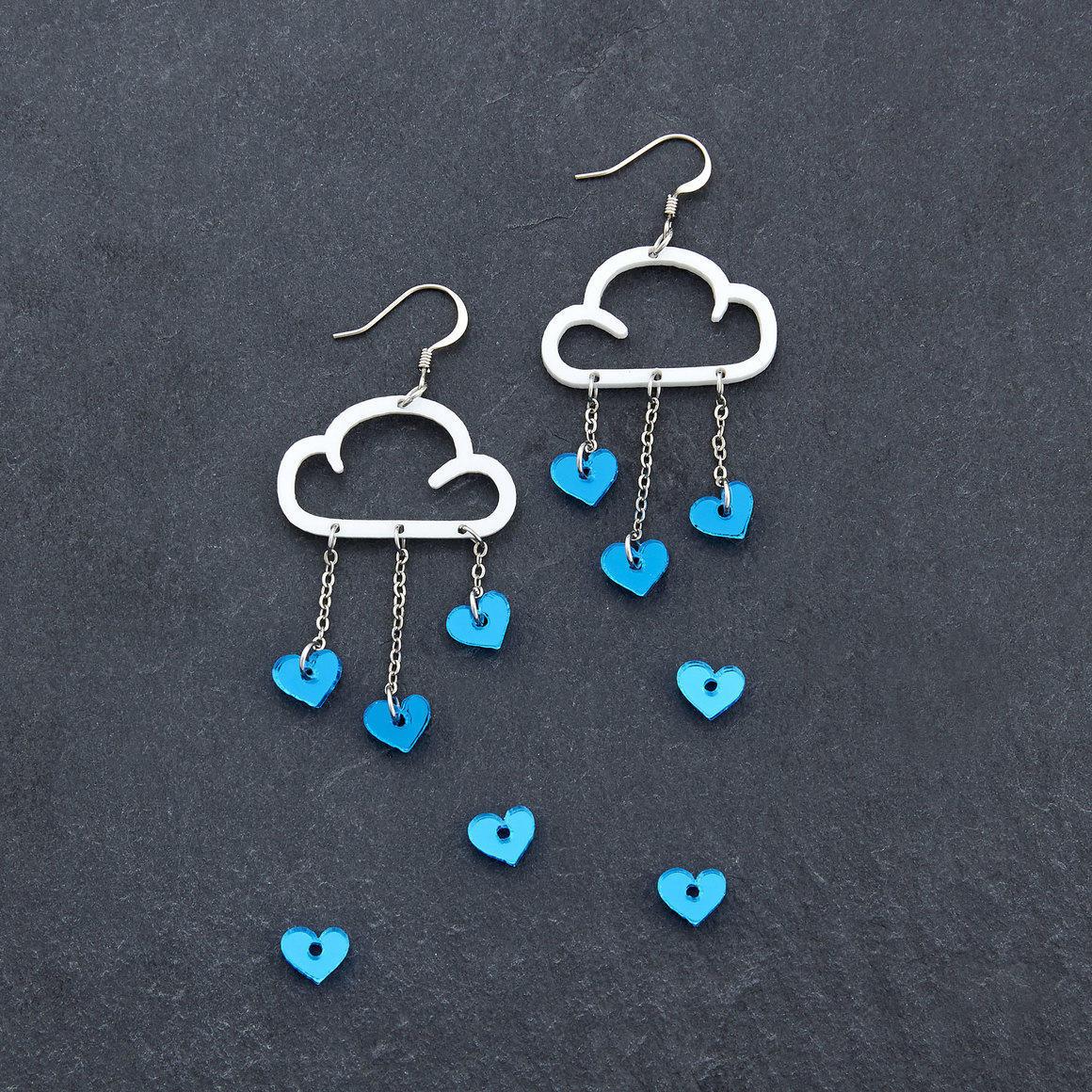 Dangle Earrings - LOVE RAIN - White | Trada Marketplace