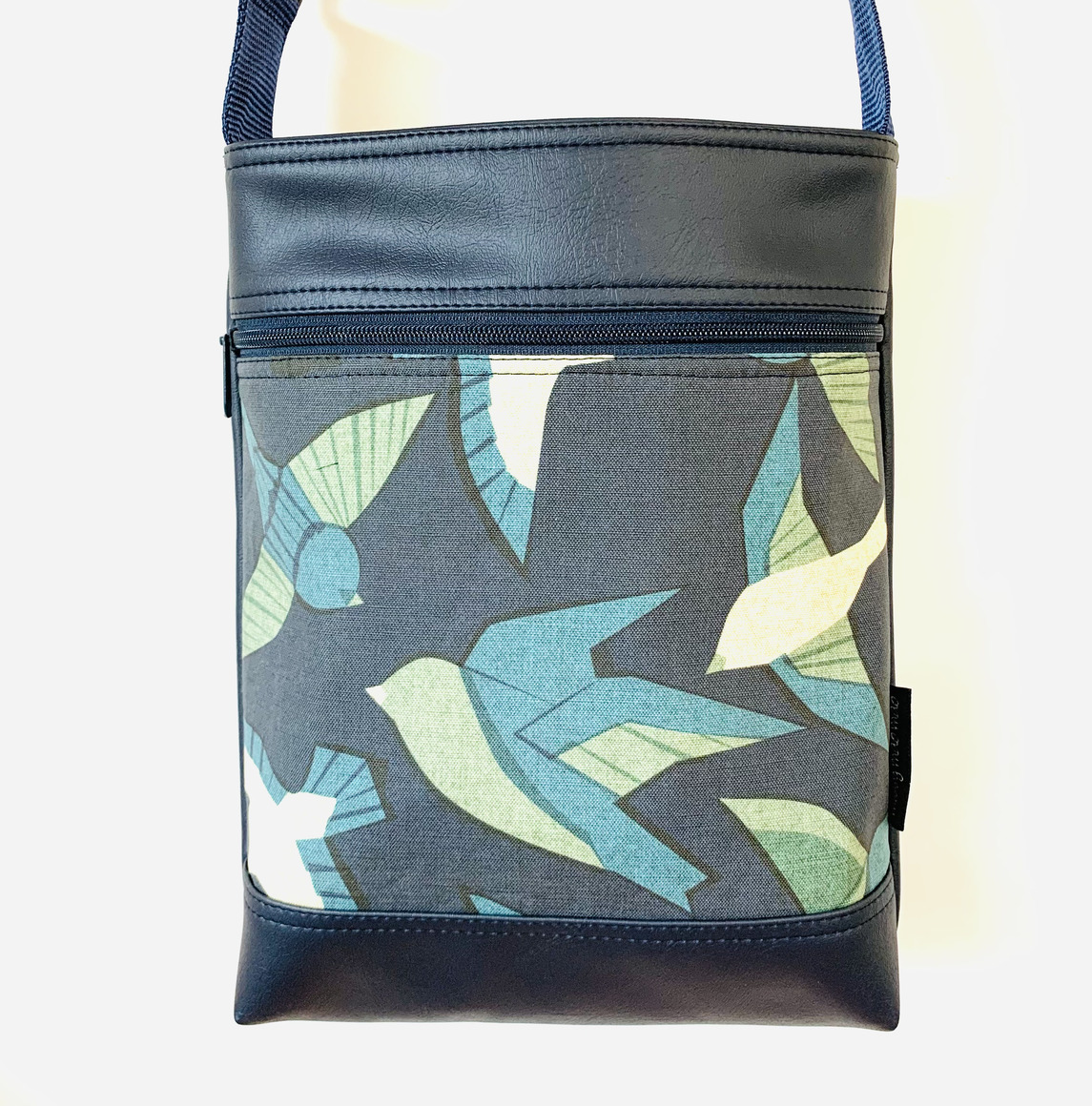 Stand Up Sue Bag in Blue Bird | Trada Marketplace