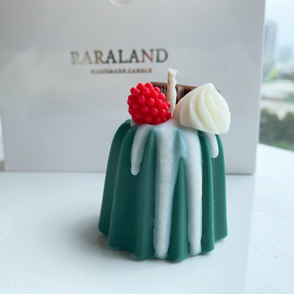 Christmas Pudding Cake Scented Candle | Trada Marketplace