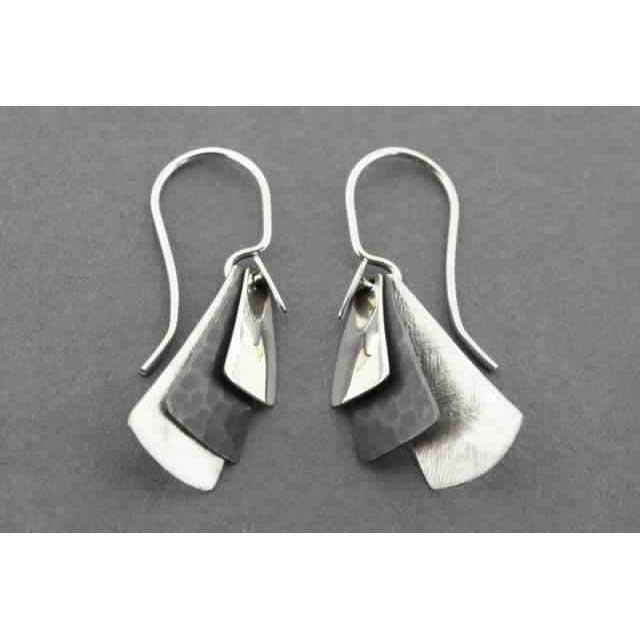 3 texture tile earring | Trada Marketplace