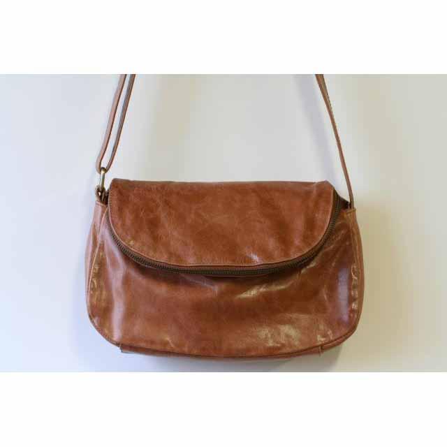 bonnie sling bag - antique tan | Trada Marketplace