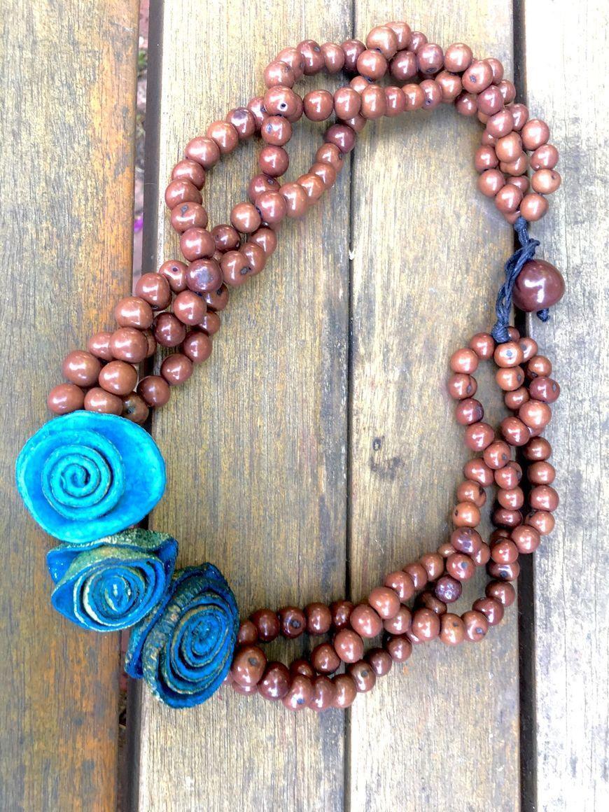 Twisted Asahi and 3 Flowers Necklace | Trada Marketplace