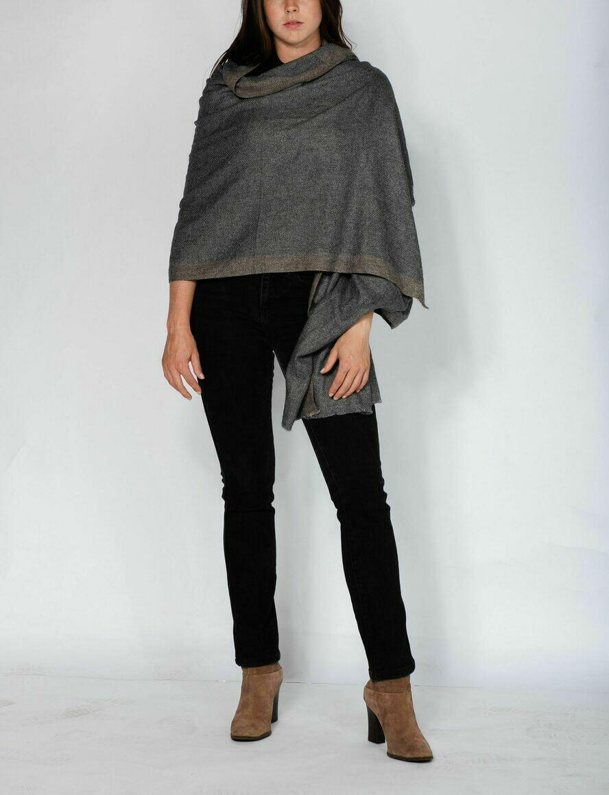 CASHMERE SCARF | THICK SHAWL | CHARCOAL GREY | Trada Marketplace