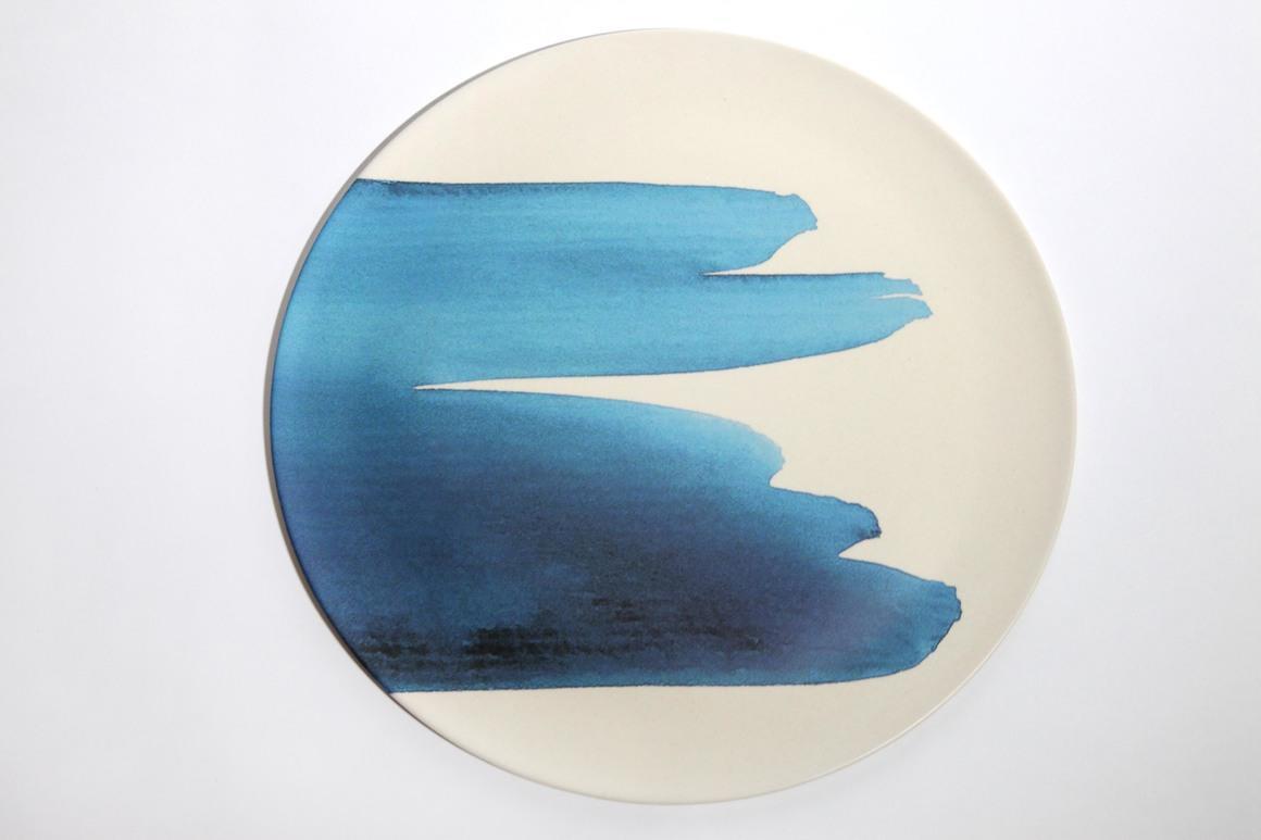 Dinner plates with blue wave design- set of 4 pcs | Trada Marketplace