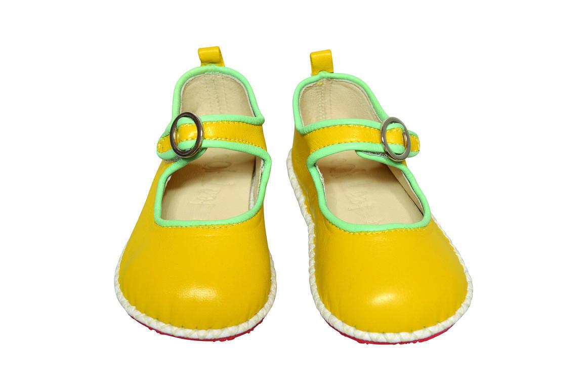 Ancona Circle Buckle Shoe yellow/mint   Trada Marketplace