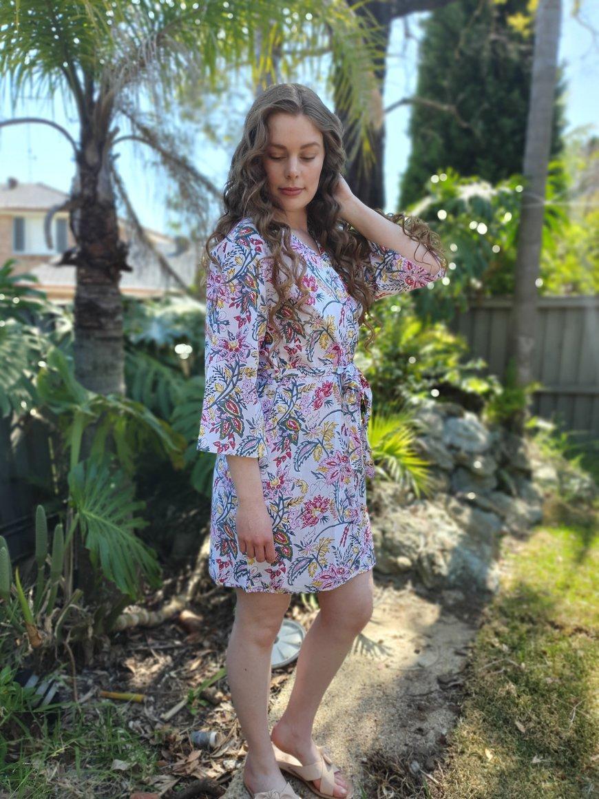 Floral Wine Short Kimono Robe | Trada Marketplace