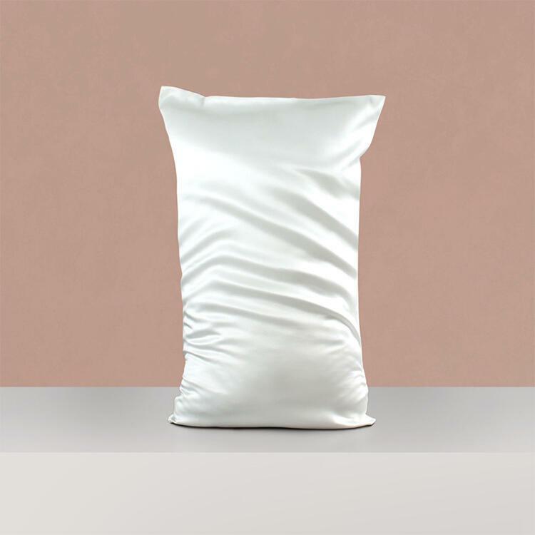 Mulberry Silk Anti-Acne Pillowcase {White} | Trada Marketplace