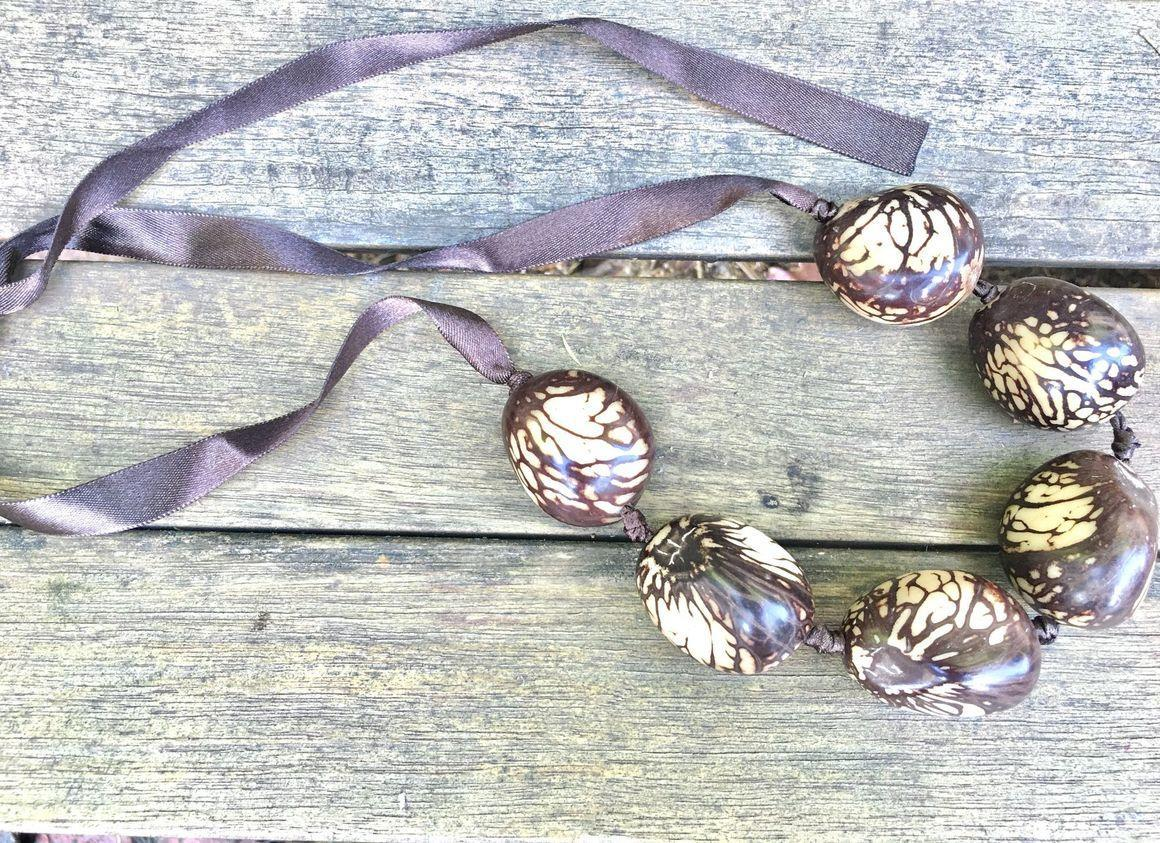 Whole Tagua Necklace | Trada Marketplace