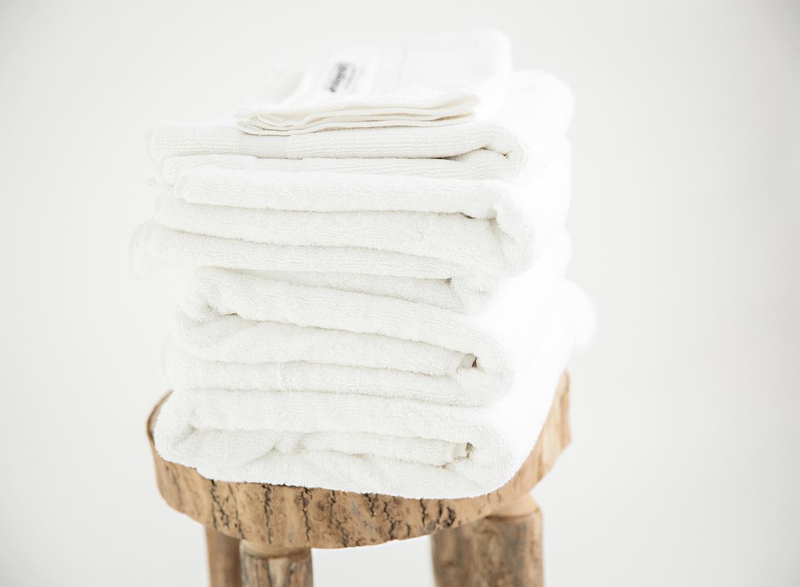 Premium organic towel set 7 piece linen white   Trada Marketplace