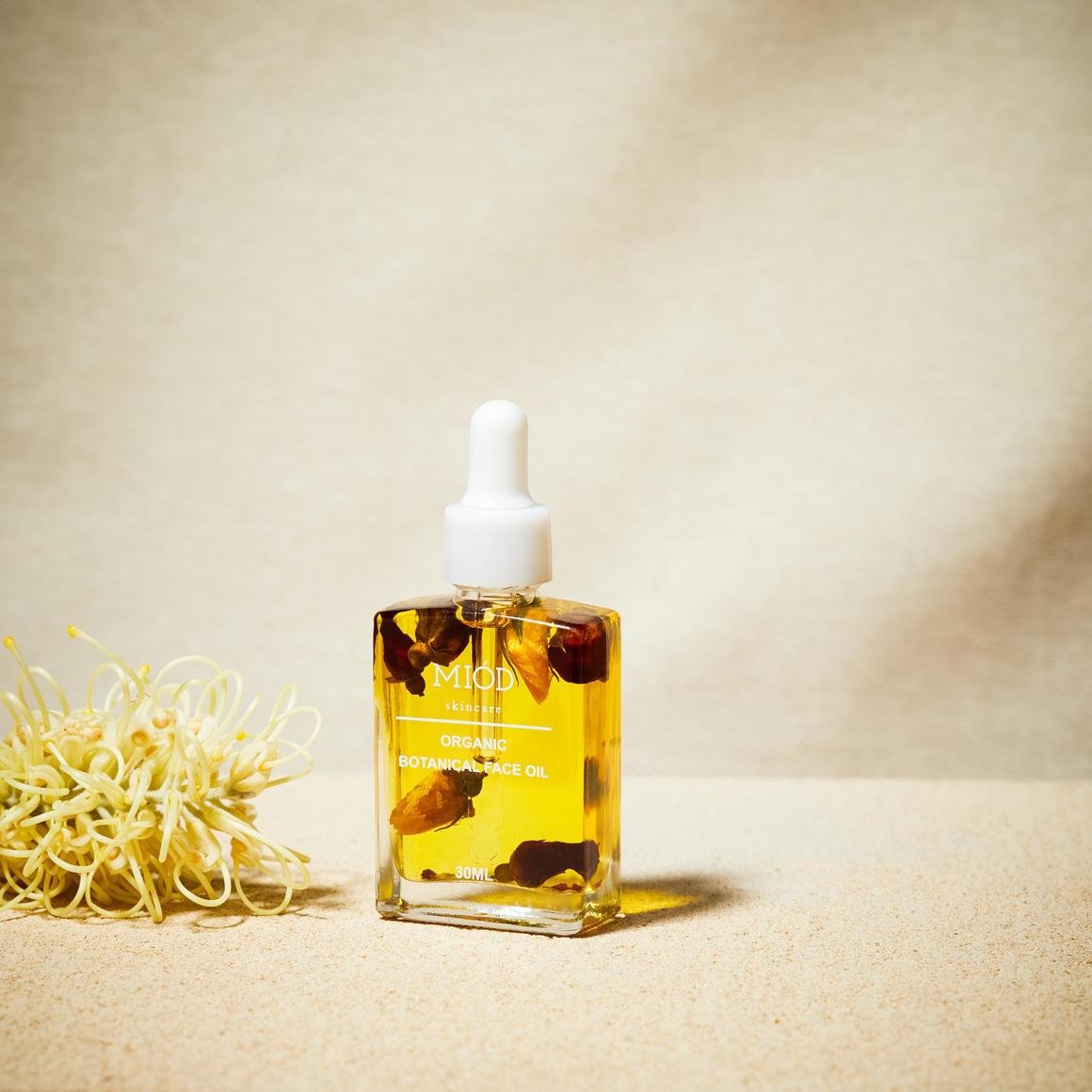 Botanical Face Oil | Trada Marketplace
