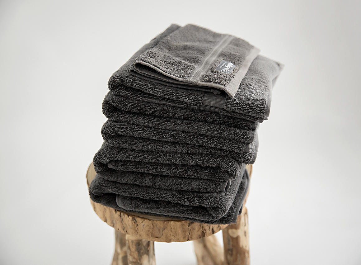 Premium organic towel set, 7 piece, charcoal   Trada Marketplace