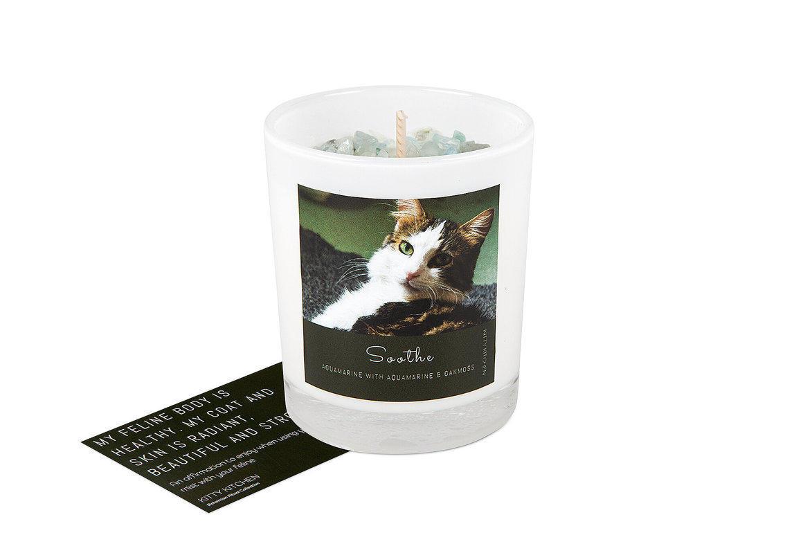 Soothe Ritual Candle - Aquamarine with Oakmoss   Trada Marketplace