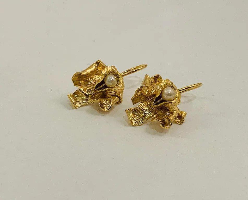 Perlas en Orquideas / Carebbean Orchids Earrings (long and gold) | Trada Marketplace