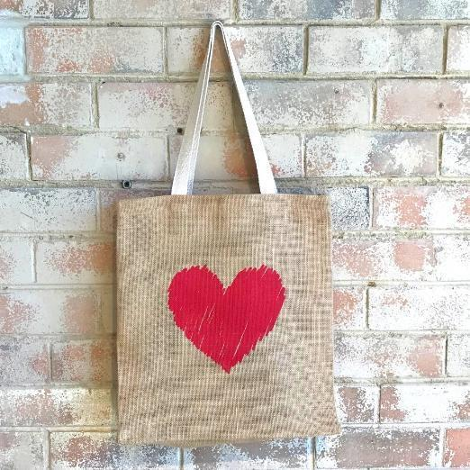 Scribbly Heart Casual Shopper Red   Trada Marketplace