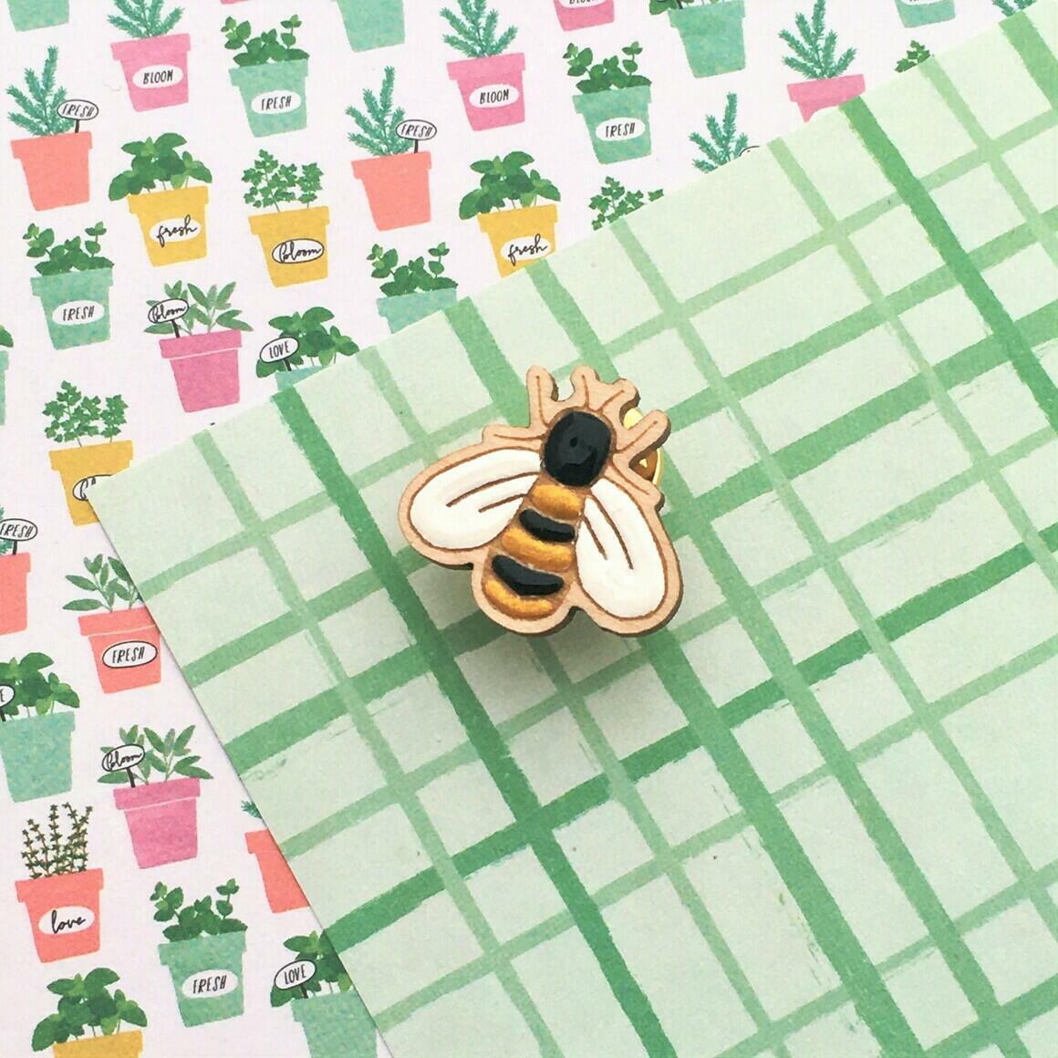 In the Garden Bee Pin   Trada Marketplace