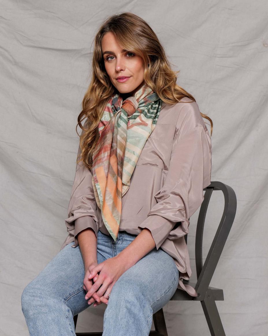 Silk-cotton scarf | ONE STEP | Trada Marketplace