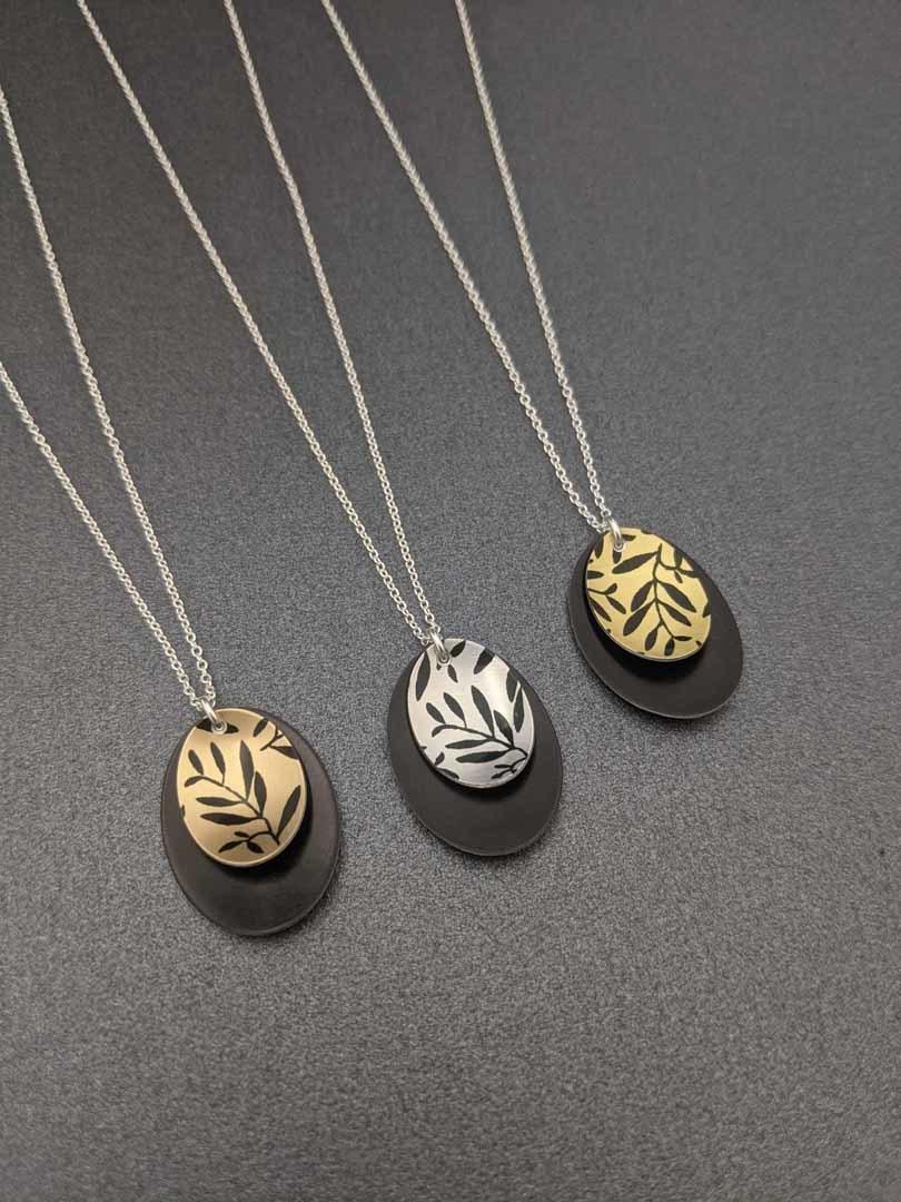 FOLIAGE - small double oval necklace   Trada Marketplace