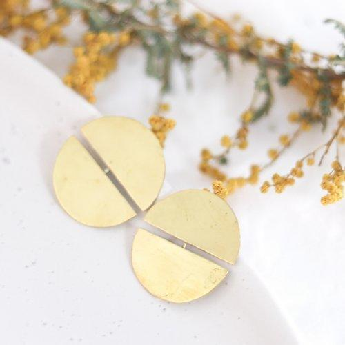 Energising Paired Crescents | Trada Marketplace