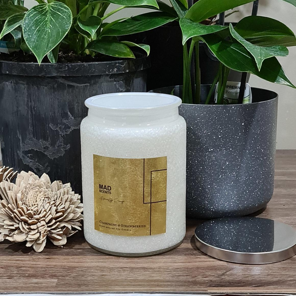 Champagne & Strawberries Wood Wick Candle | Trada Marketplace