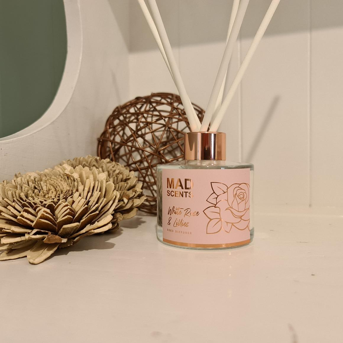 White rose & lillies reed diffuser | Trada Marketplace