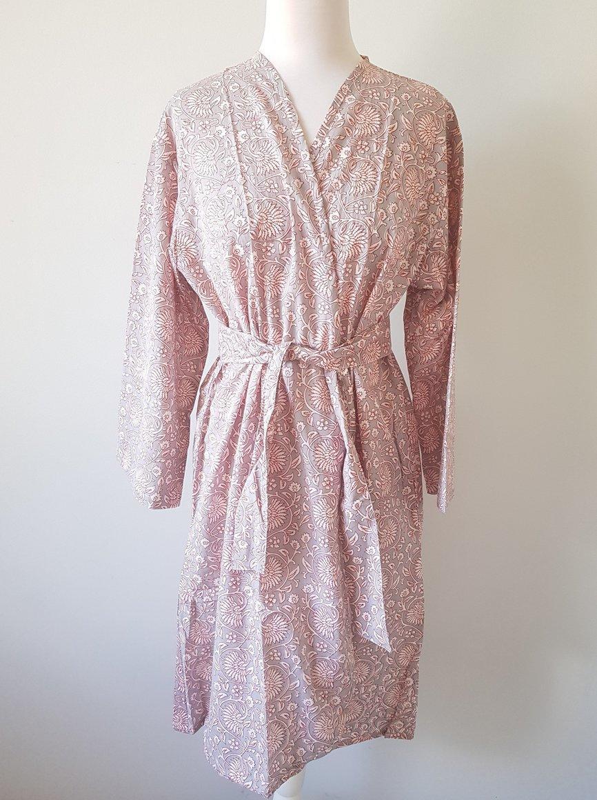 Gray Floral Short Kimono Robe, XS-L Size | Trada Marketplace