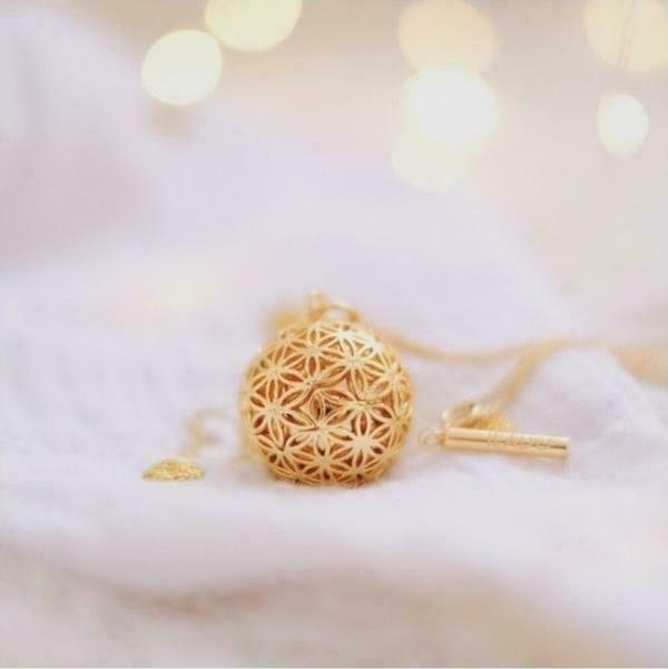 Fleur de Vie Maternity Necklace | Trada Marketplace