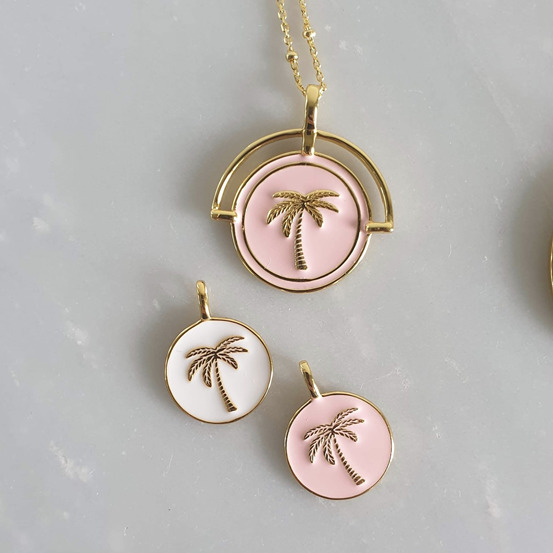 Pink Costa Rica Pendant and Necklace | Trada Marketplace