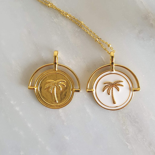 Gold Costa Rica Pendant and Necklace | Trada Marketplace