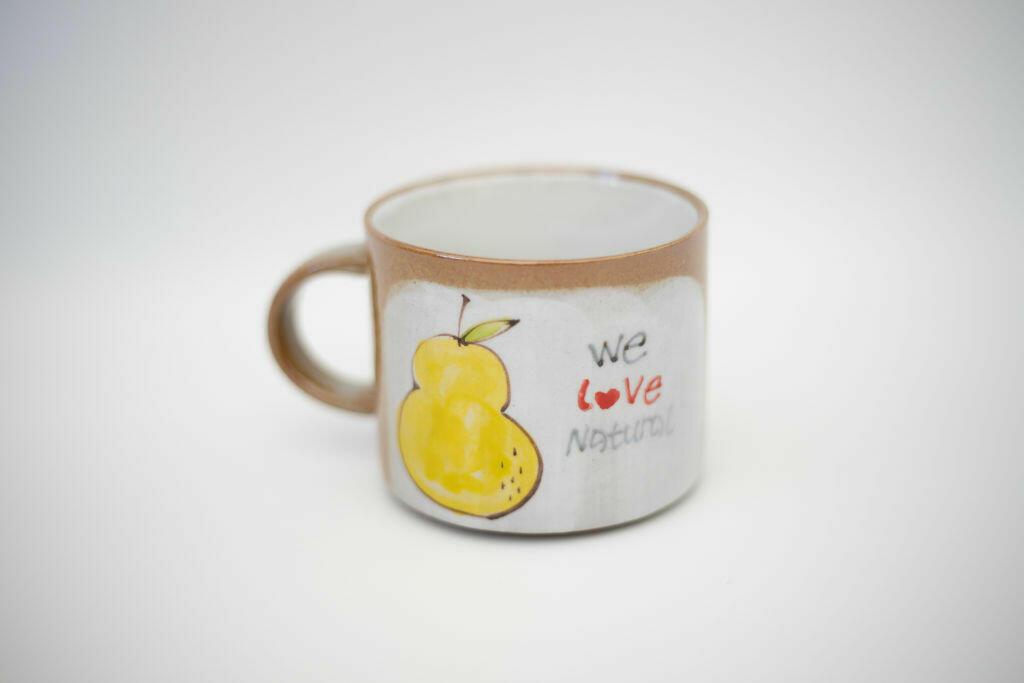 We Love Natural Mug-pear   Trada Marketplace