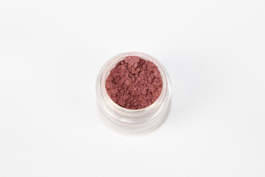 Fuchsia Shimmer Eye Shadow | Trada Marketplace
