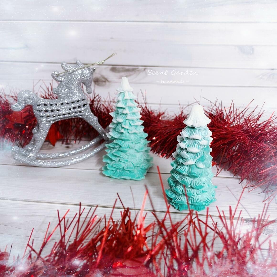 Christmas Tree Scented Candle| Large | Trada Marketplace