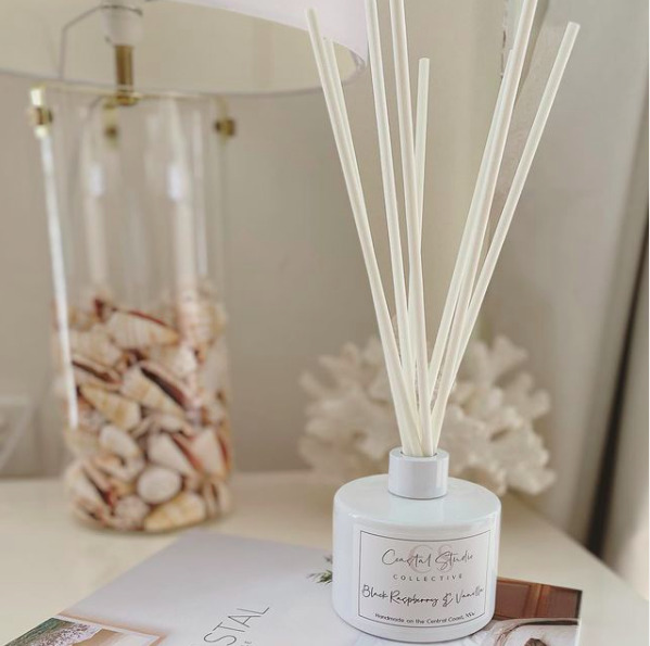 Classic Collection Reed Diffuser / White   Trada Marketplace