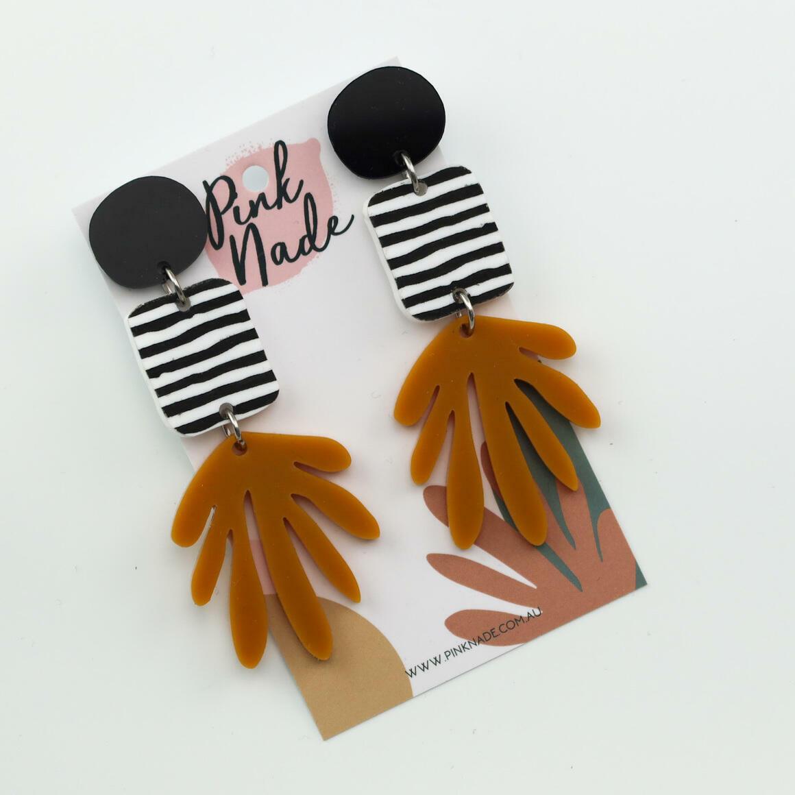 The 'Karly' Black + Mustard Fan | Trada Marketplace