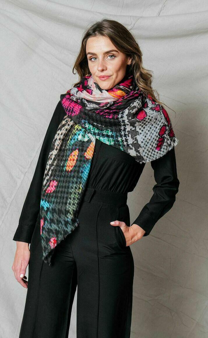 Merino wool scarf | UNFOLD | Trada Marketplace