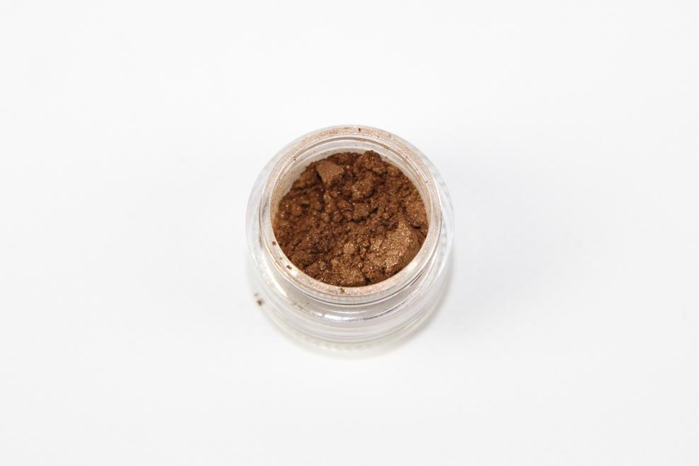 Bronze Shimmer Eye Shadow | Trada Marketplace