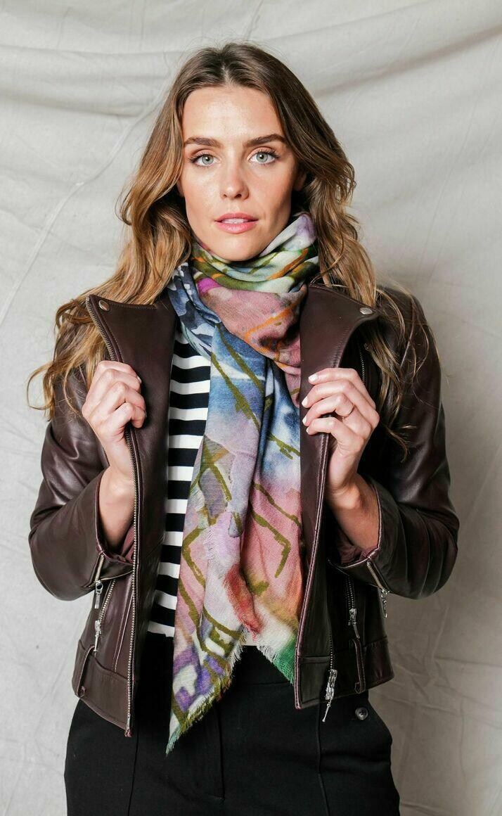Merino wool scarf | PIECES | Trada Marketplace