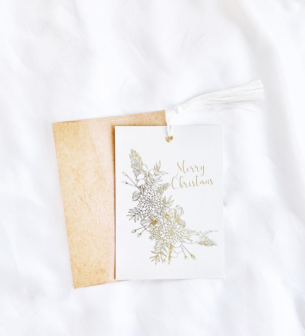 Christmas Hanging Card with White Tassel   Trada Marketplace