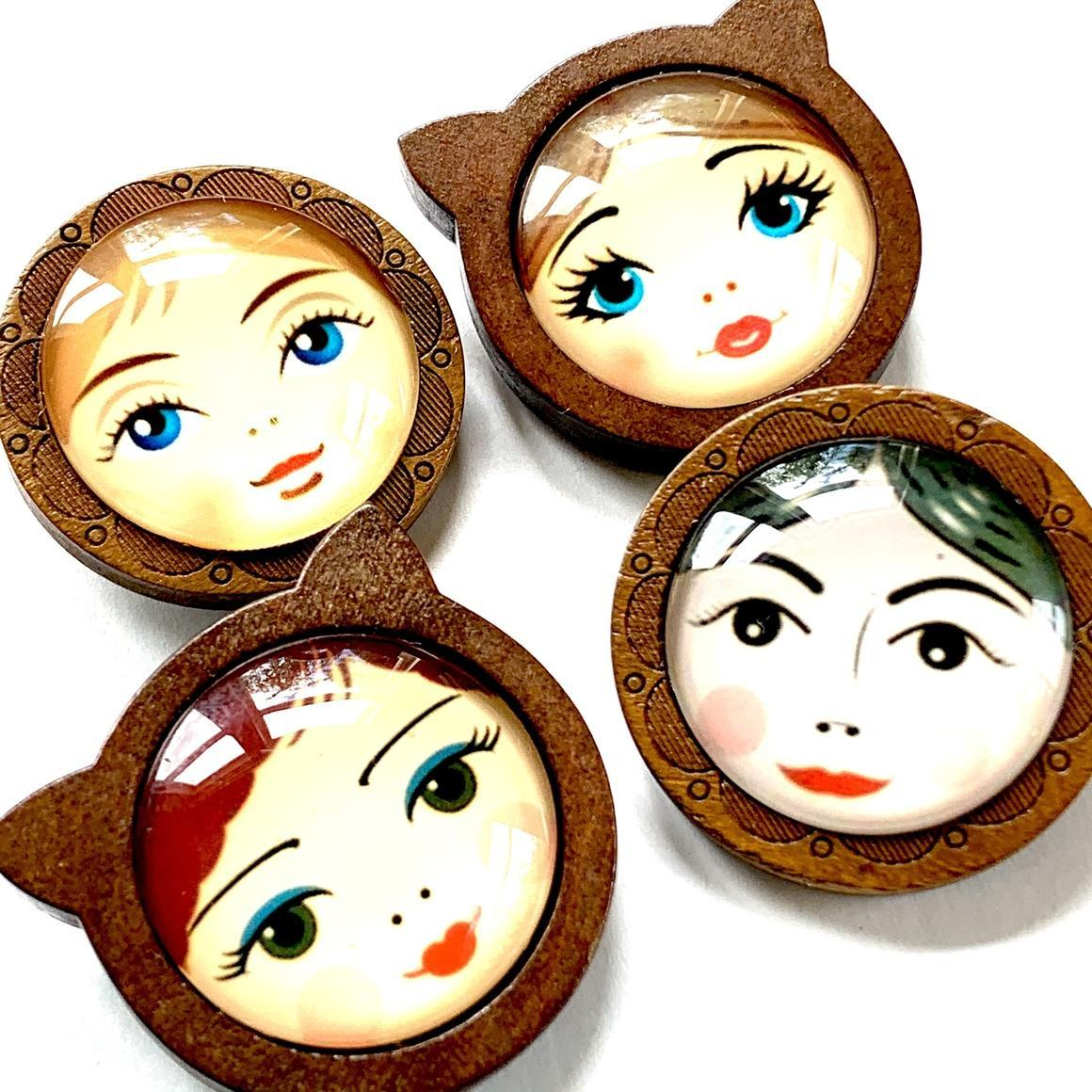 Cat Face and Doll Face brooch | Trada Marketplace
