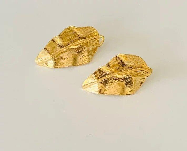 Hojas Amazonicas / Carebbean Leaves Earrings (gold) | Trada Marketplace