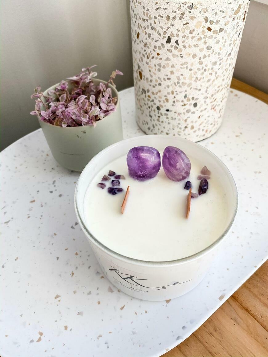 Crystal infused candle   Trada Marketplace