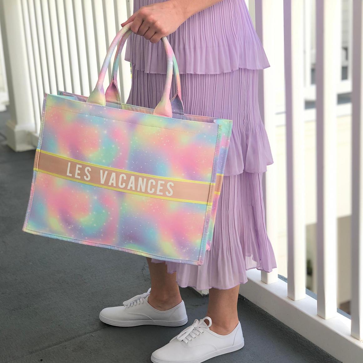Les Vacances Tote Bag | Trada Marketplace