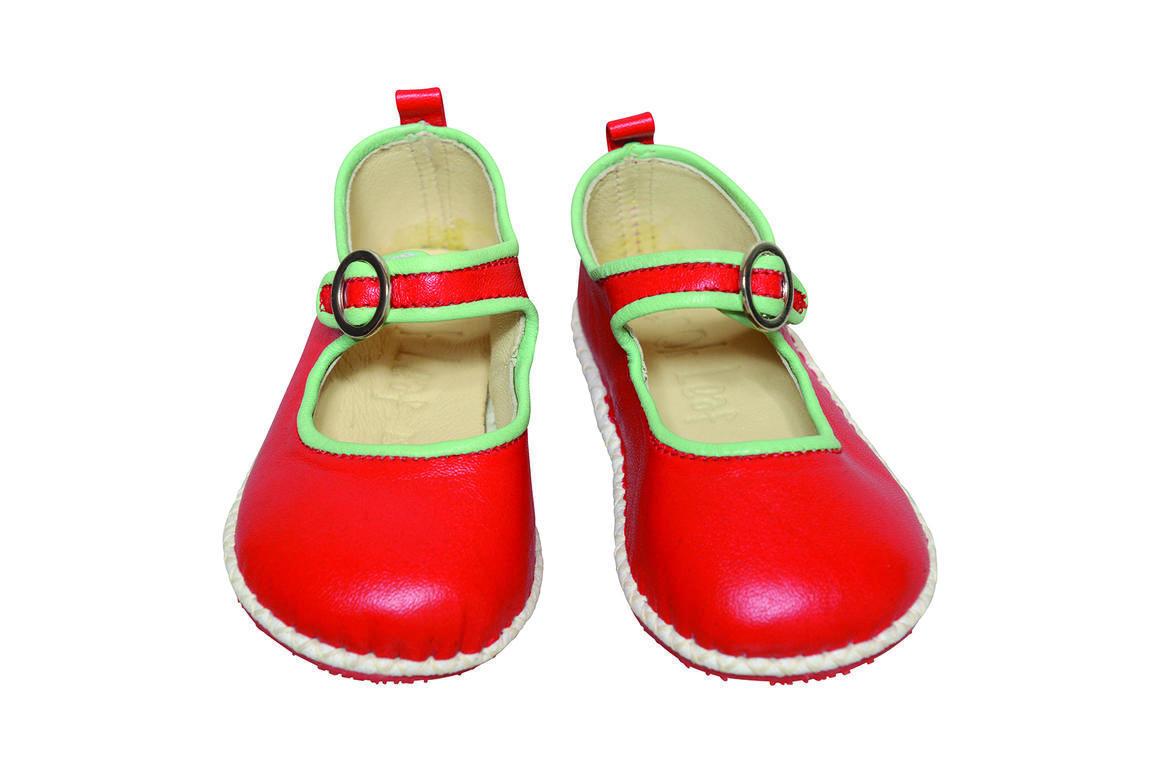 Ancona Circle Buckle Shoe red/mint   Trada Marketplace