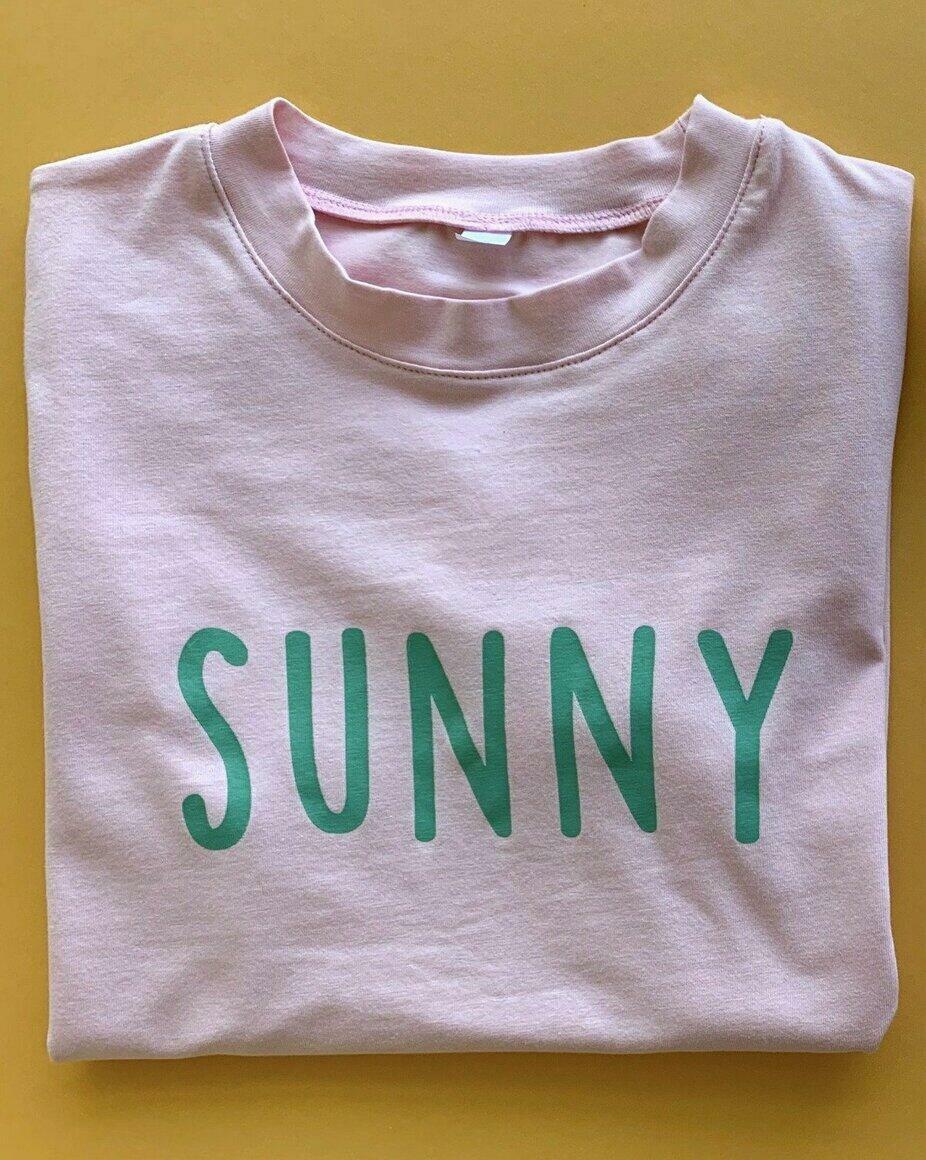 Sunny logo tee - pink   Trada Marketplace